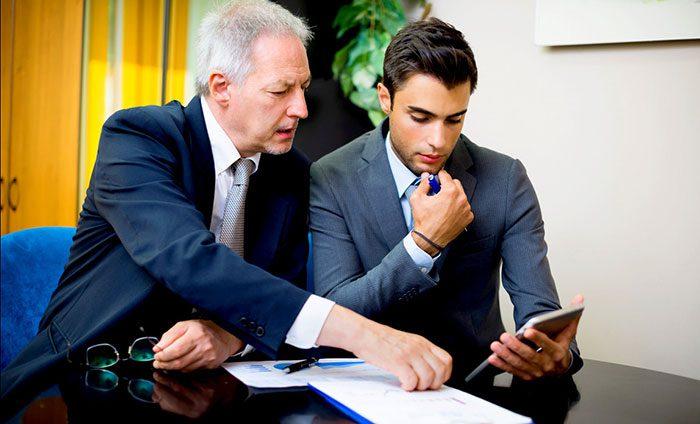 اهمیت انتقال قدرت به نسل جوانتر در کسب و کار خانوادگی