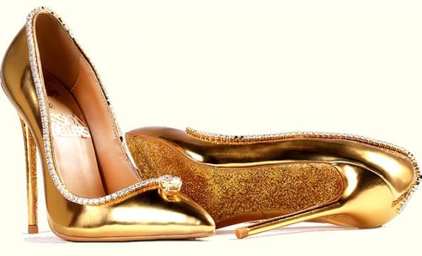 کفش طلا و الماس