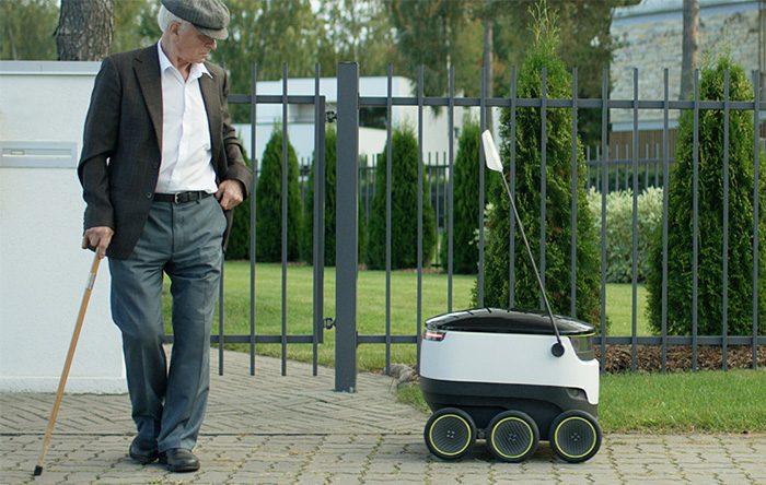 ربات در خیابان