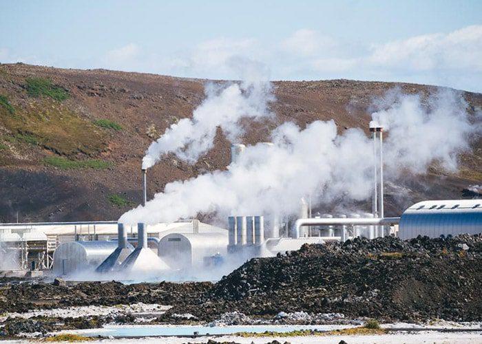 نیروگاه زمین گرمایی ایسلند