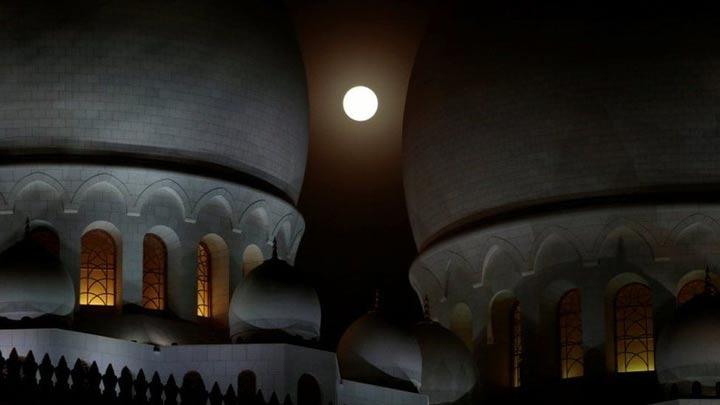 مسجد بزرگ شیخ زاید در ابوظبی