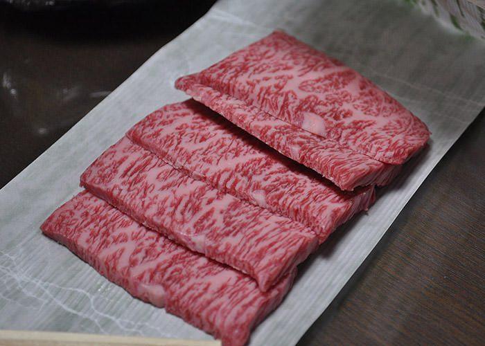 ماربلینگ گوشت گاو واگیو