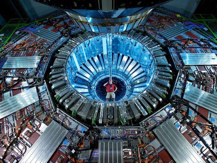 LHC/ ال اچ سی