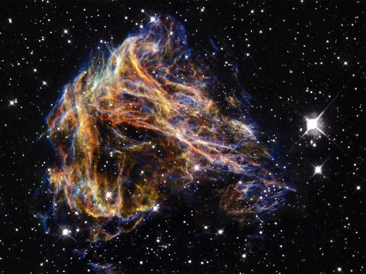 لحظه شروع شکل گیری یک ستاره
