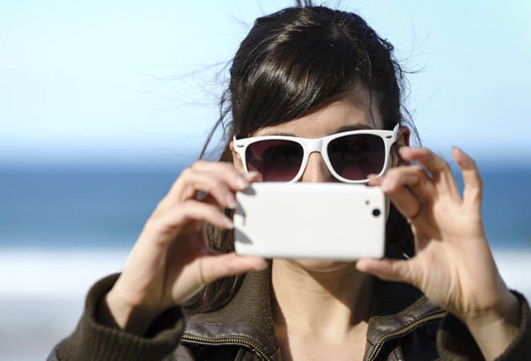 دوربین تلفن همراه