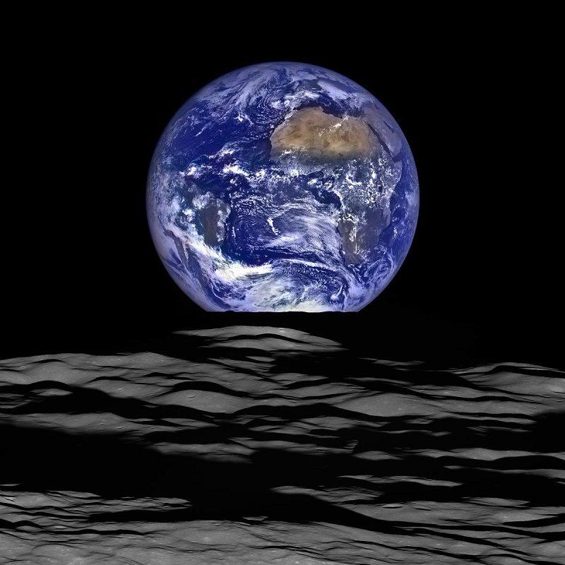 عکس زمین توسط LRO
