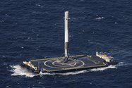 تصاویر فرود فالکون 9