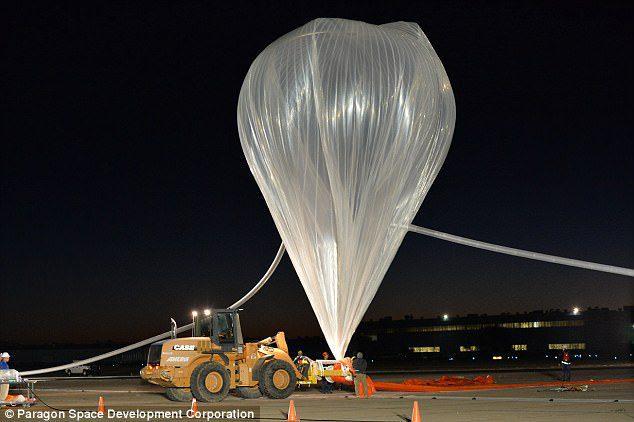 1414179329664 wps 17 Parachutist s Record Brea