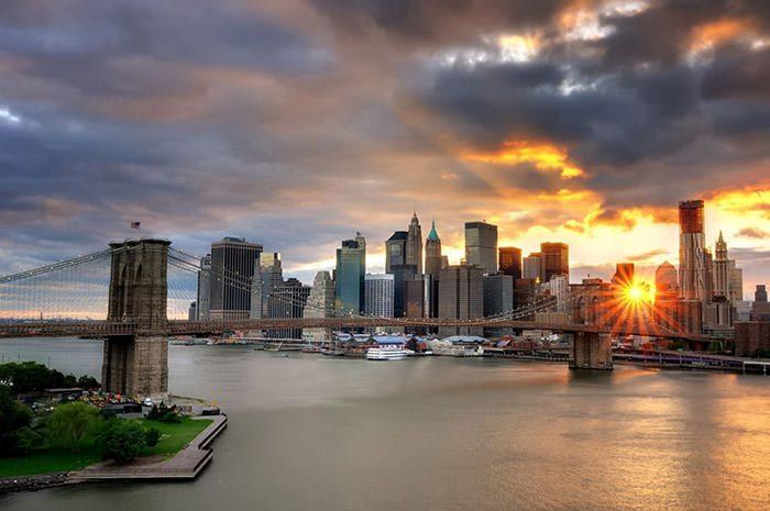 طلوع خورشید در نیویورک