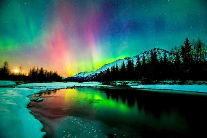 ALASKA AURORA LANDSCAPE