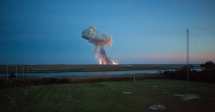 antares-rocket-explosion-orb3-nasa-photo-2