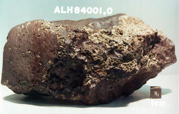 mars-meteorite-life-controversy-1-101021-02