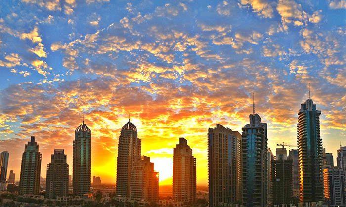 طلوع خورشید در دوبی