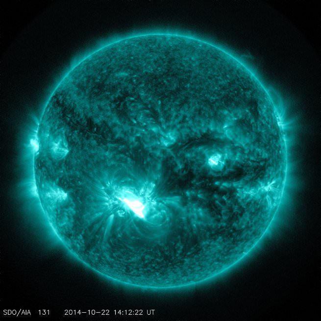 x-class-solar-flare-sdo