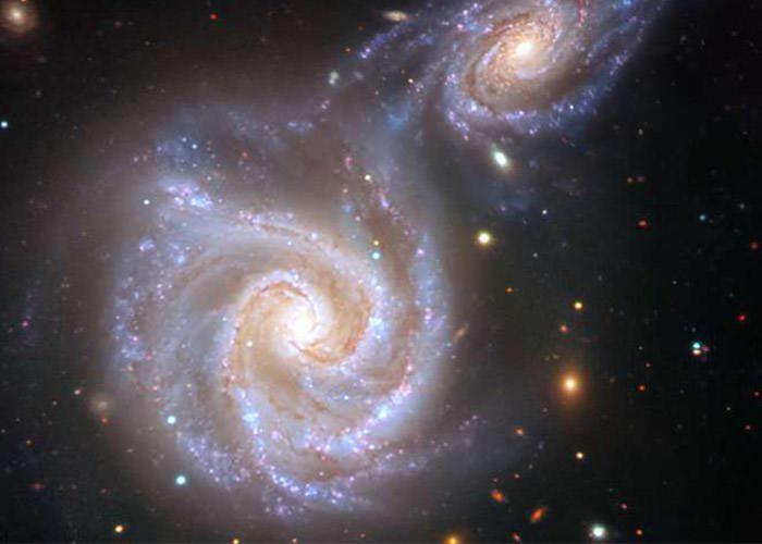 برخورد کهکشان راه شیری و کهکشان سوسیس