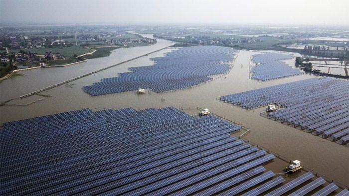 تولید برق از انرژی های تجدید پذیر (انرژی خورشیدی و بادی)
