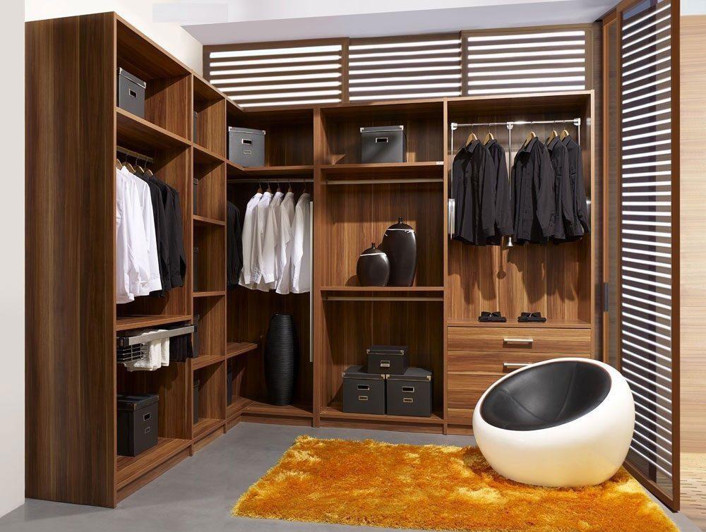 مزایای استفاده از کمد در اتاق کوچک