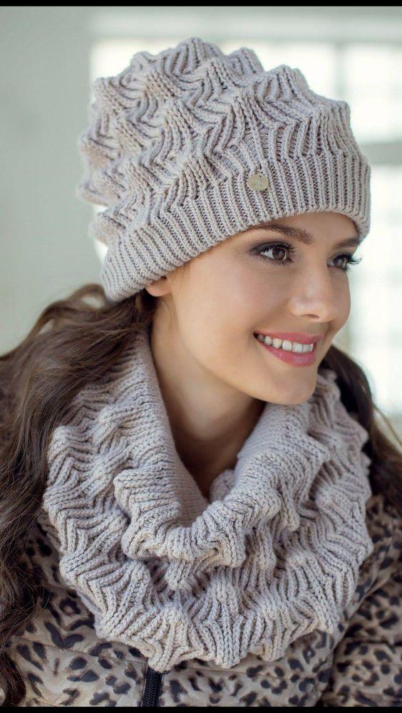 کلاه و شال استایل های پاییزی زنانه